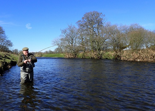 Thorsten is into a fish on his U.K. river debut